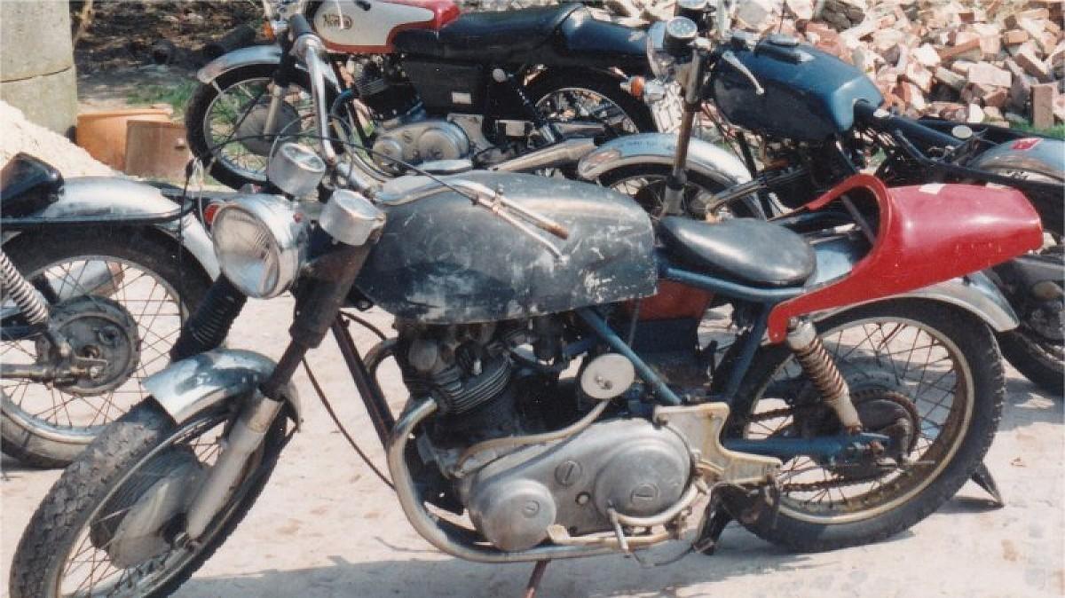 Norton Motorcycle Sparts Specialist Genuine Norton Commando Factory Spare Parts Genuine Norton Dominator Factory Spare Parts Norton Motorbikes